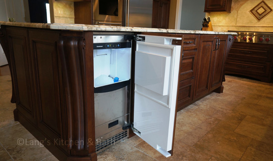 kitchen design with ice maker