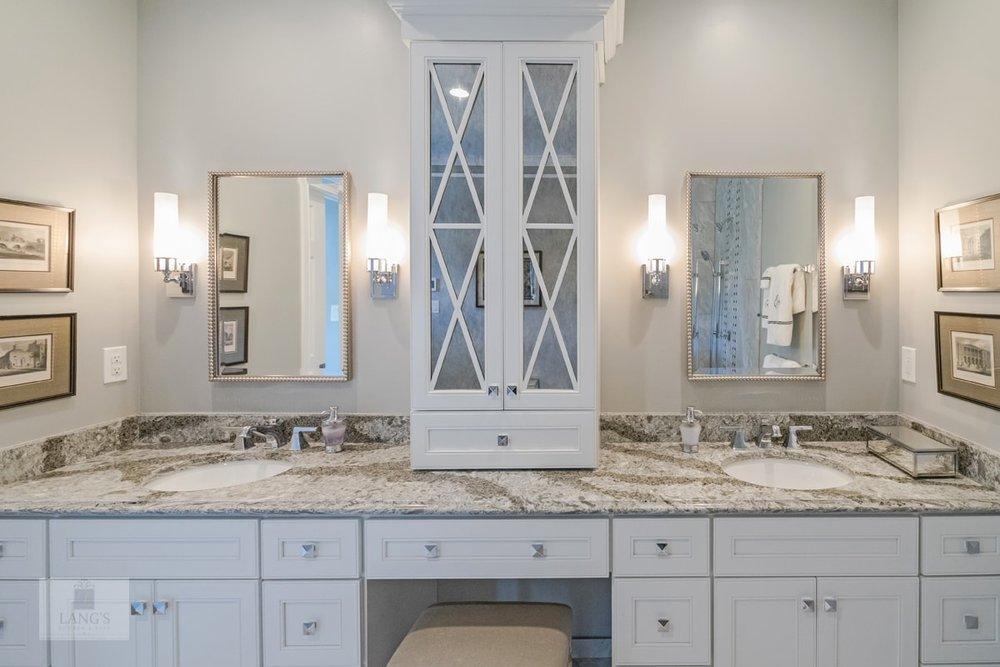 White master bath design