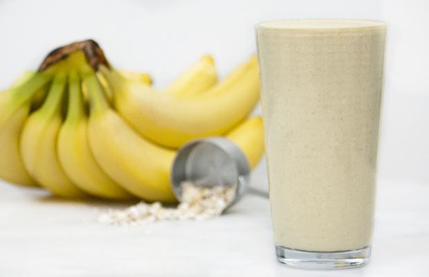 Banana-Oat-Smoothie_PS_2.jpg