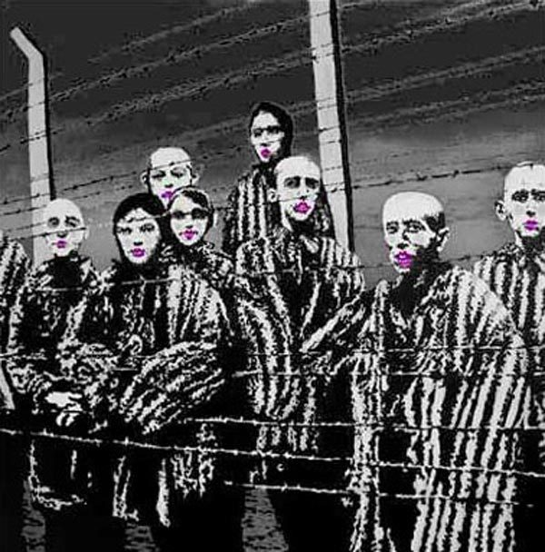 Banksy, Manifesto  :  motív rúžu počas holokaustu sa ako street art objavil v uliciach UK, spolu so svedectvom podplukovníka Gonina na stránke umelca