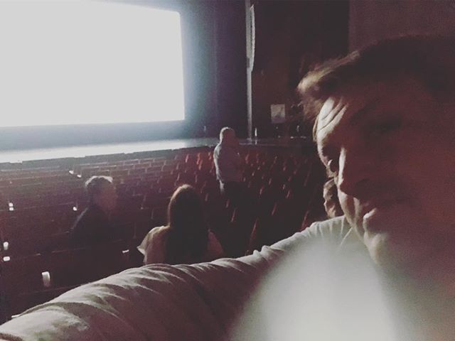 Tech check before the big night. My first fiction feature on the big screen! Merci Monsieur Arcand!  @maripiermorin is here @maximroy_  is here  #lachutedelempireamericain #denysarcand  #apparentlyabigdeal