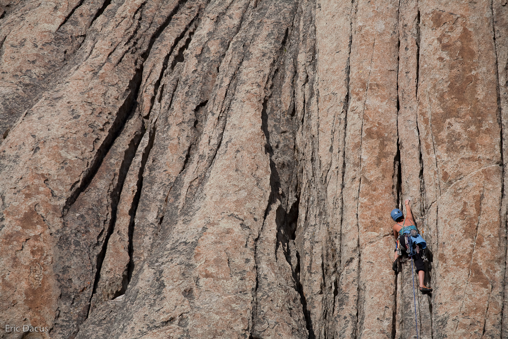 Liz on Carol's Crack, 5.8 in the City of Rocks (via  eric.dacus )