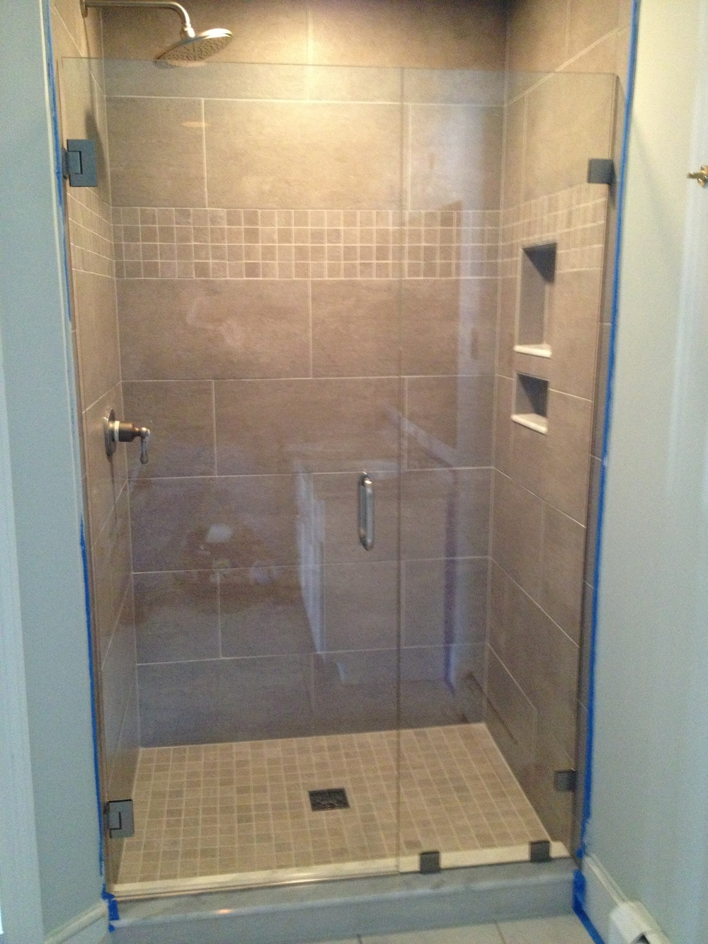 Bathroom shower doors frameless - Img_0955 Jpg