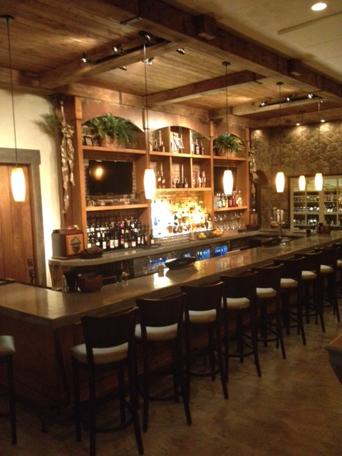 bar & Wine room to use.jpg