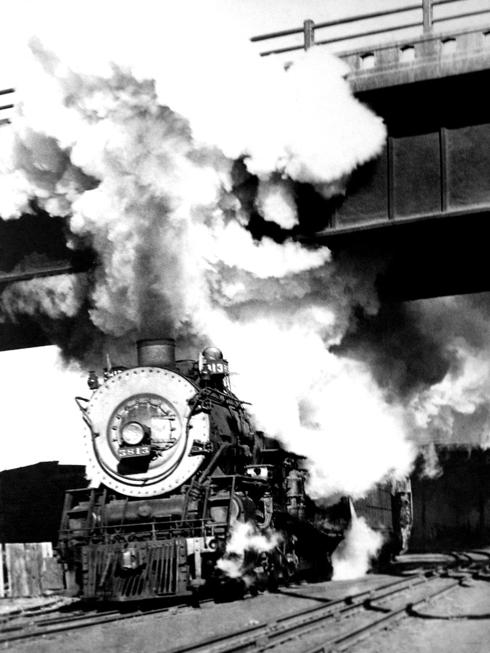 BW_Train.jpg