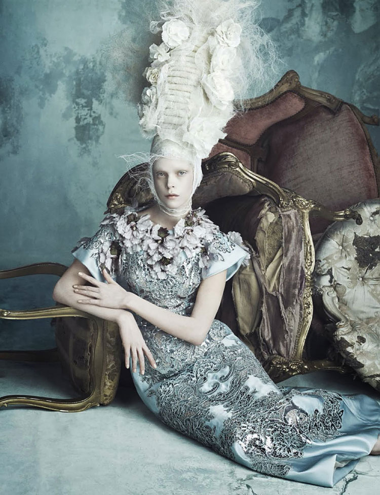Vogue-Germany-Opulenz-Marie-Antoinette-Tom-Lorenzo-Site-TLO-8.jpg