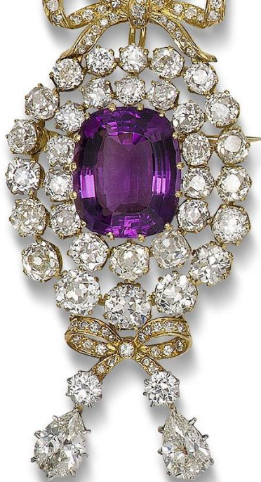 purple diamond brooch (inspirations) 2.png