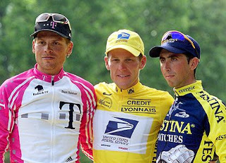 The 2000 TDF podium. The title will now go to it's rightful owner. Yeah, right!