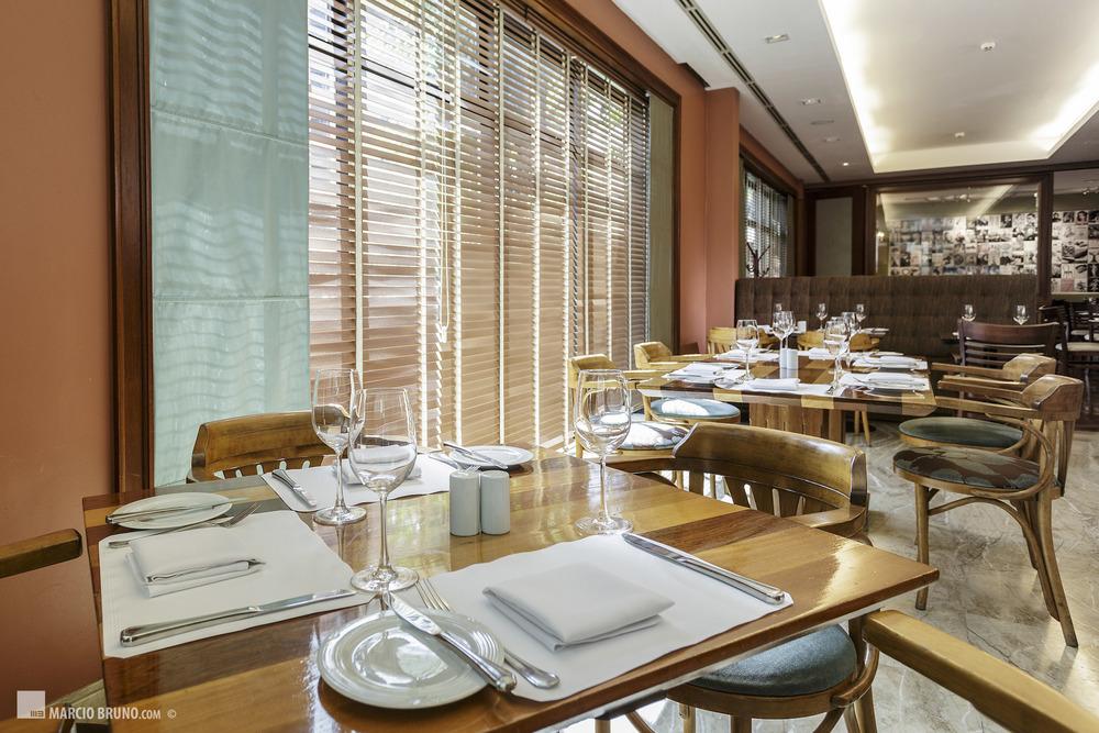 Restaurante Weinstube - Clube Transatlântico - São Paulo - SP