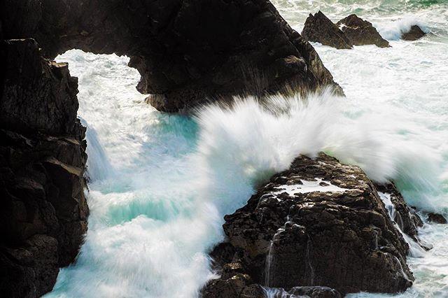 Splash! #gweedore #wildatlanticway #donegal #ireland #fujixt1 #fujifilm