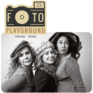 Foto Playground™ logo and photo of a mother and two daughters posing in the studio at Campbell Salgado Studio.