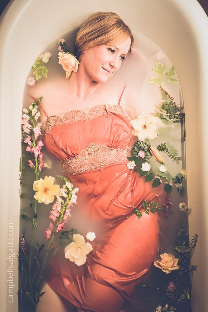 milk-bath-photography-women_campbell-salgado_portland-oregon_1186-3.jpg