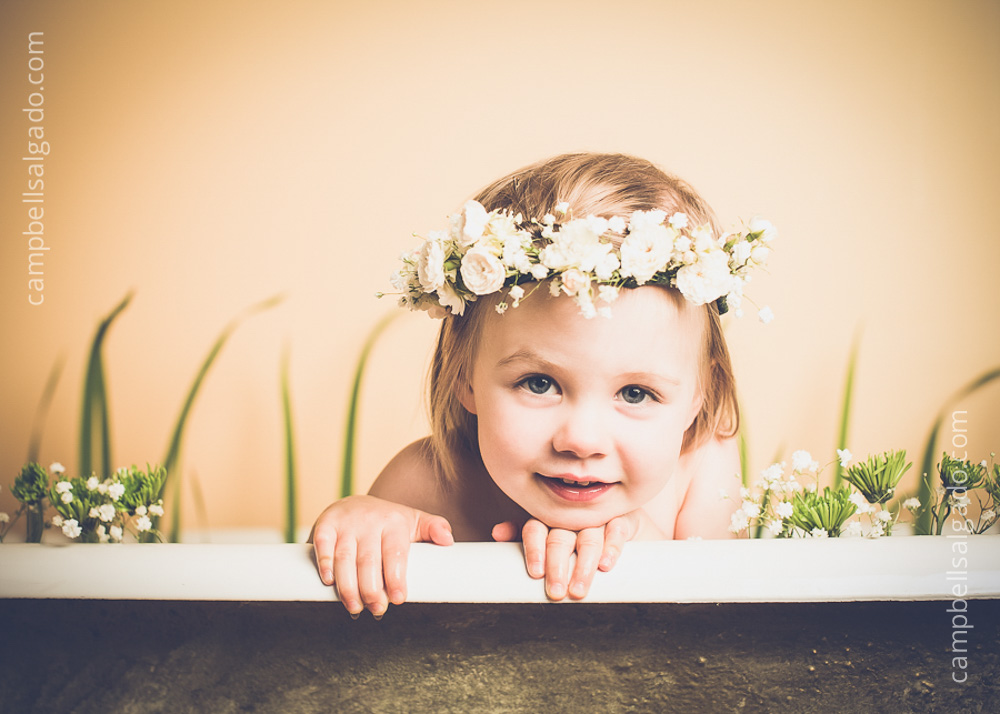 milk-bath-photography_baby-child_portland-oregon_photo-studio_kim-campbell-photographer-7.jpg
