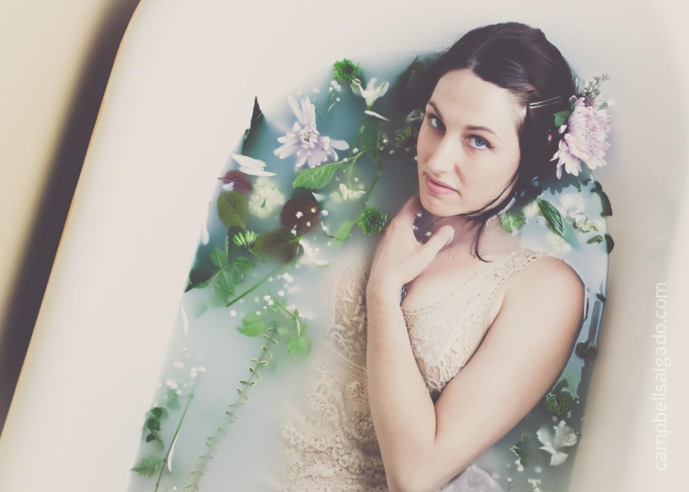 milk-bath-boudoir-photography_portland-oregon_photo-studio_kim-campbell-photographer-9.jpg
