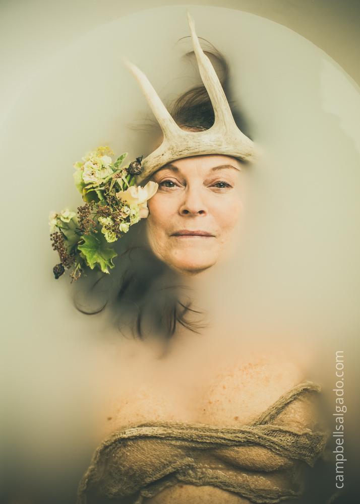 milk-bath-boudoir-photography_portland-oregon_photo-studio_kim-campbell-photographer-8.jpg