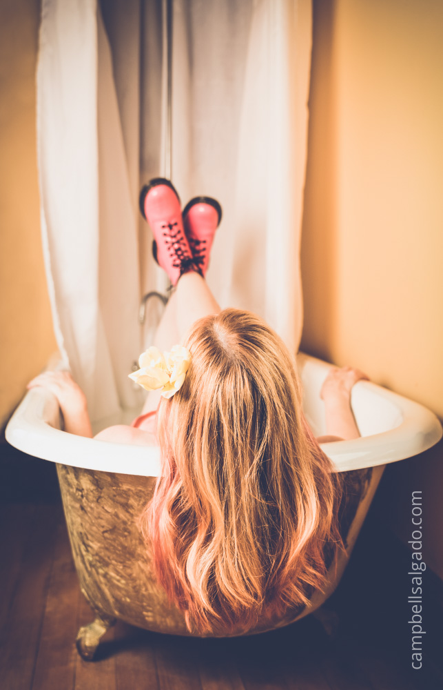 milk-bath-boudoir-photography_portland-oregon_photo-studio_kim-campbell-photographer-5.jpg