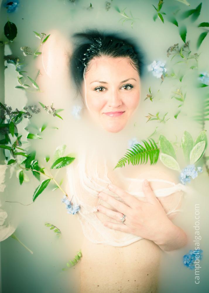 milk-bath-boudoir-photography_portland-oregon_photo-studio_kim-campbell-photographer.jpg