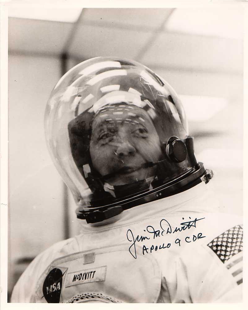 McDivitt, James - SP bubble helmet.jpg