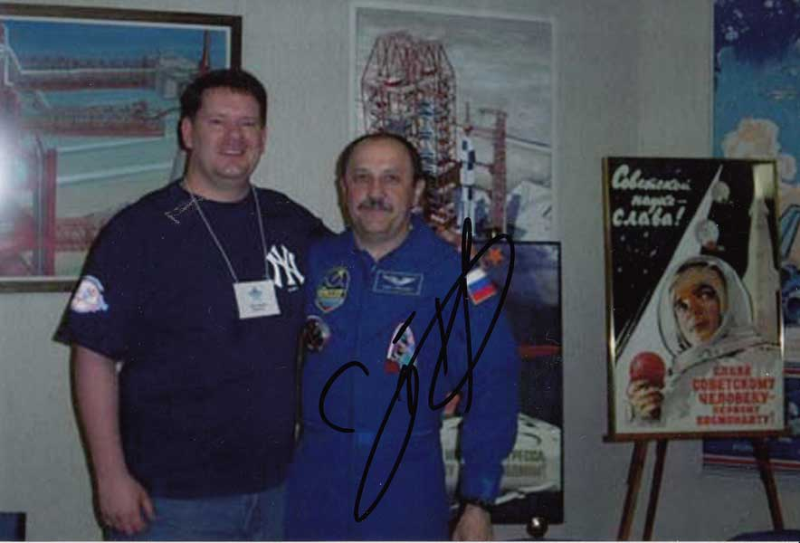 Steve Zarelli with Cosmonaut Yuri Usachev