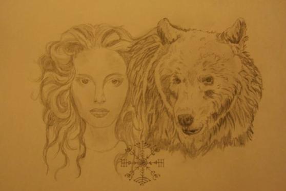 Femme-ours par Leslie