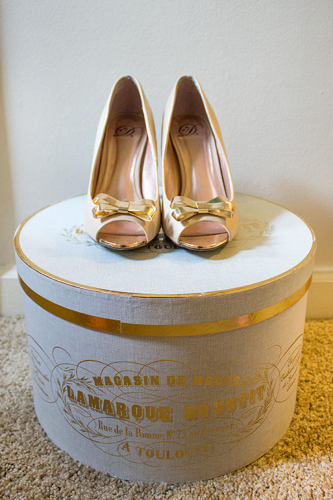 Simply Jessica Marie Style | Bow Shoes and French Hat Box
