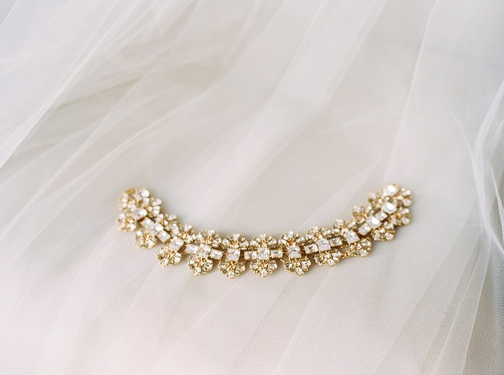 Kate Spade Bridal Necklace | Simply Jessica Marie's Bridal Accessories | Photo by Perry Vaile Photography