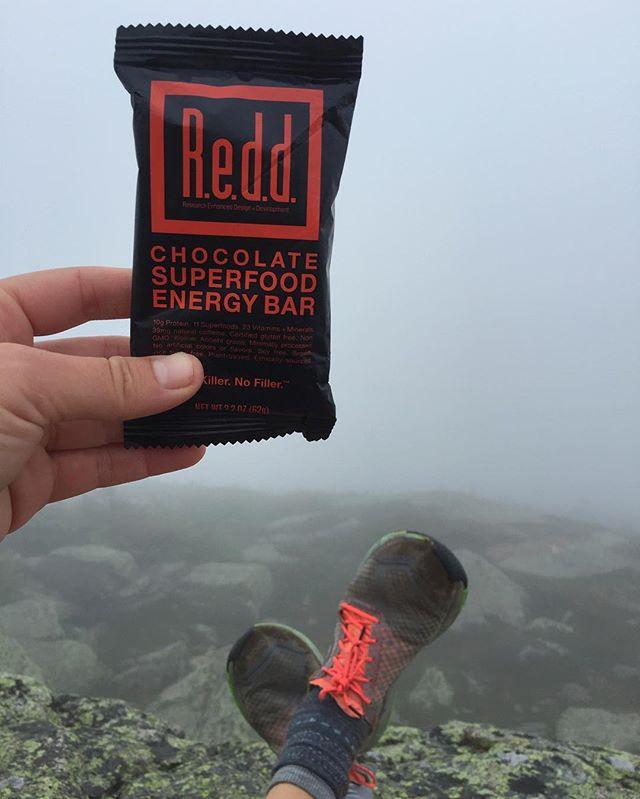 Mountaintop fuel & footing. @reddbar #superfood @skorarunning #loveyourhike #fieldnotes / #newhampshire