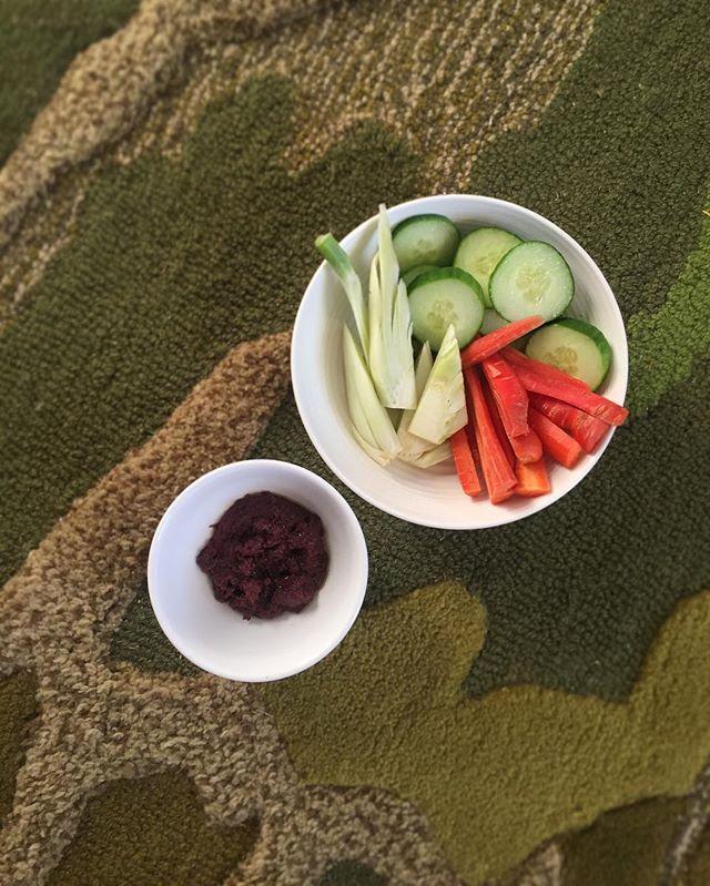Snack colorfully. #eattherainbow #veggies #fieldnotes / #rhodeisland