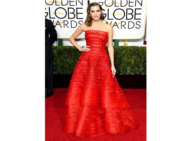 Allison Williams vestida por Armani Prive  Allison Williams wearing Armani Prive