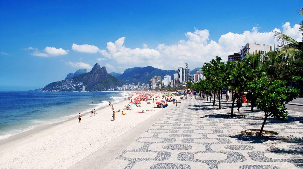 Ipanema-beach-in-Rio-de-Janeiro-Brazil.jpg