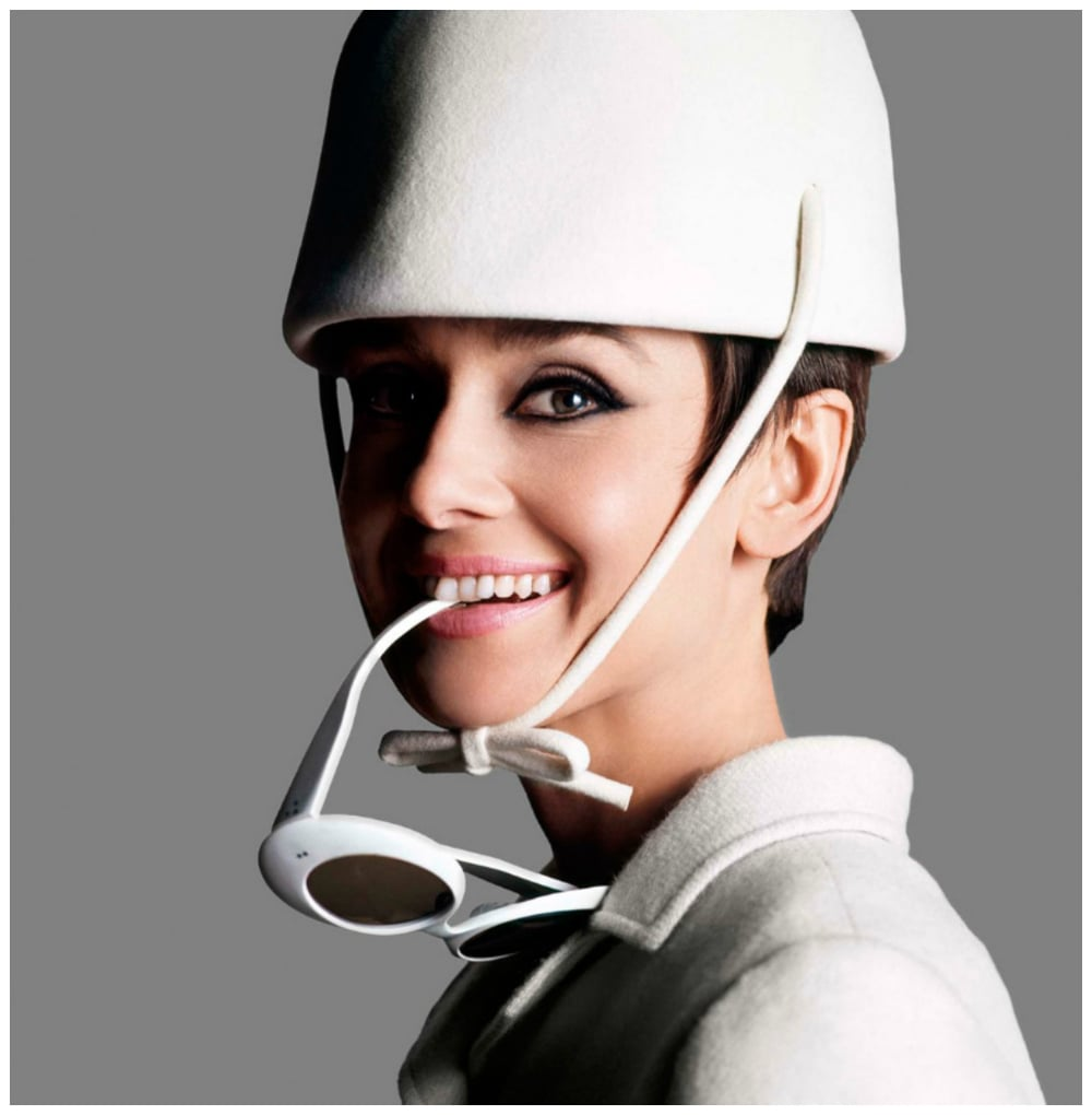 photo-by-douglas-kirkland-e28093-audrey-hepburn-parisc2a01965.jpg