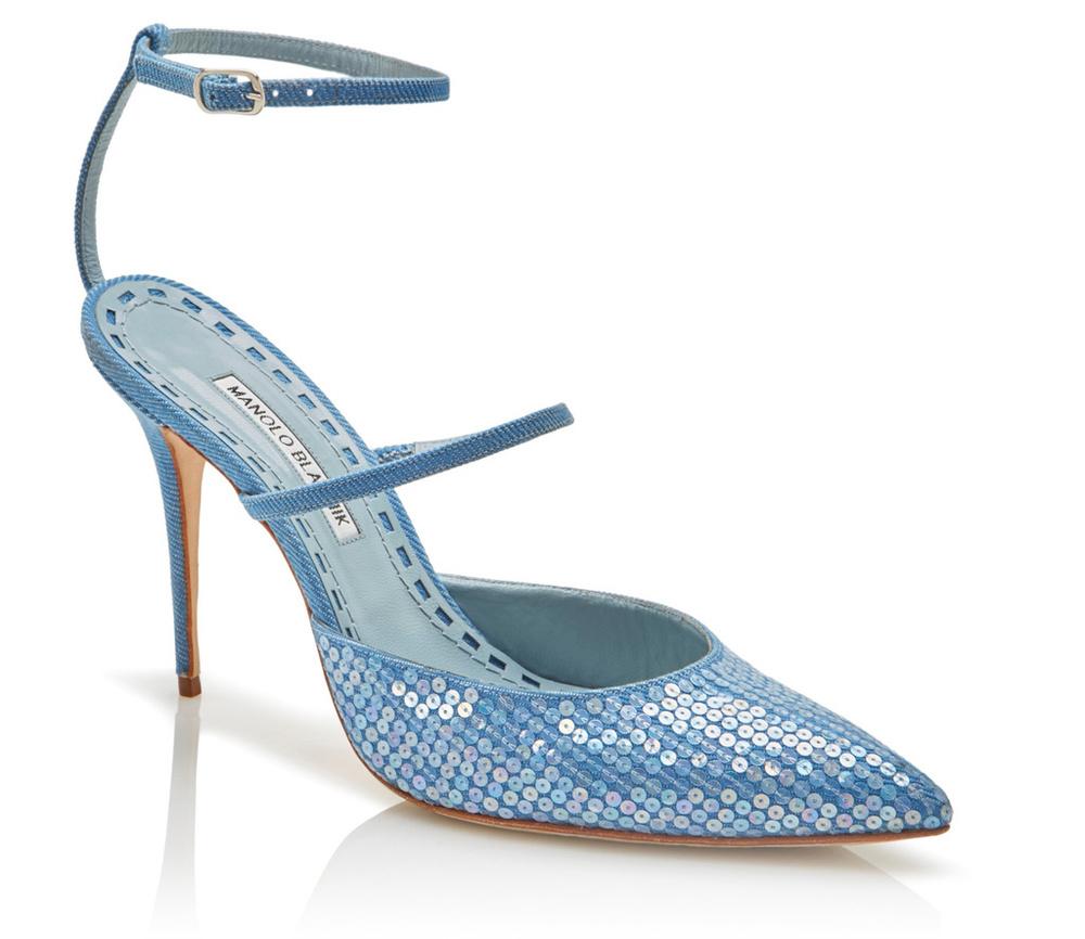 rihanna-manolo-blahnik-shoes.jpg