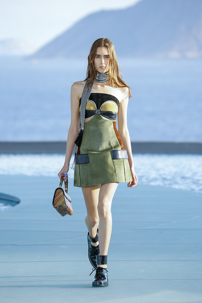 louis_vuitton_pasarela_466123766_683x.jpg