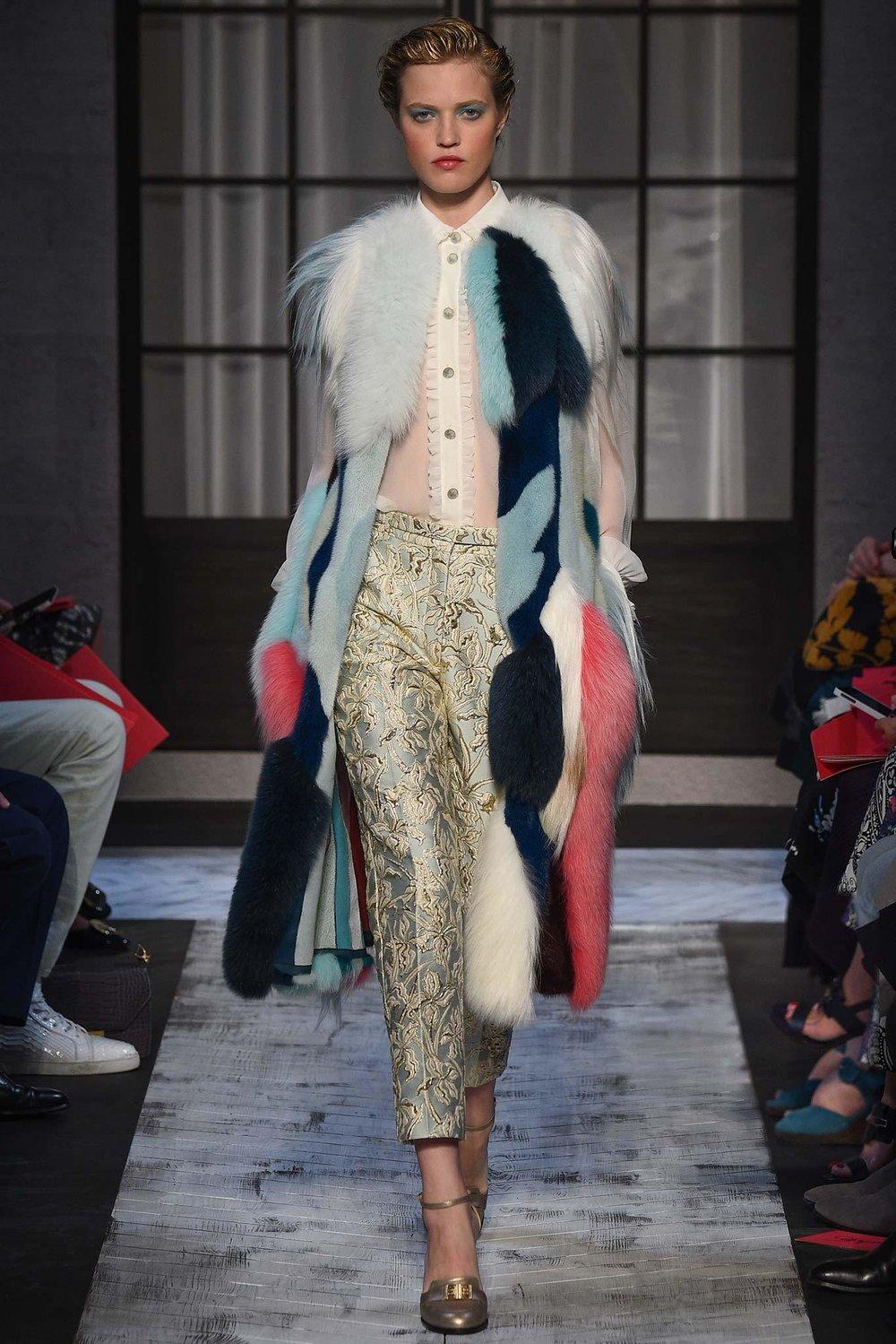 Schiaparelli-Fall-2016-Couture-7.jpg