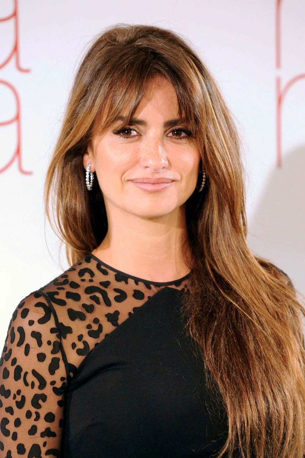 4 penelope-cruz-bronde-hair-main.jpg
