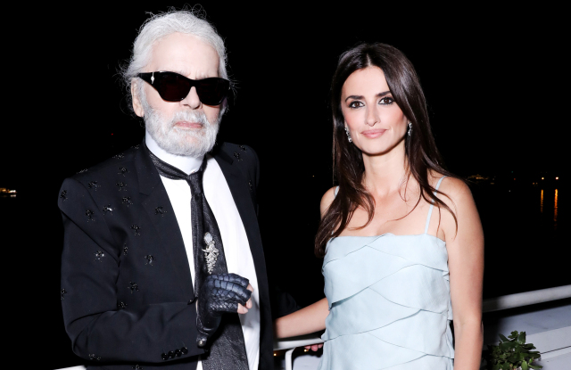 penelope-cruz-and-karl-lagerfeld.jpg