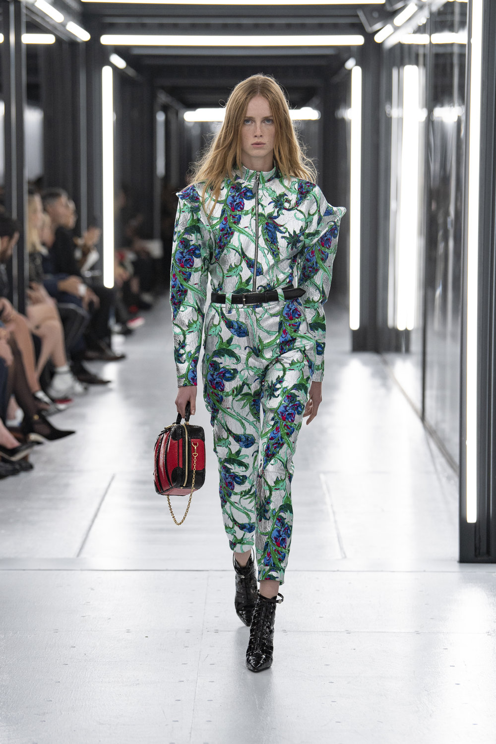 Louis_Vuitton_SS19_Look_46.jpg