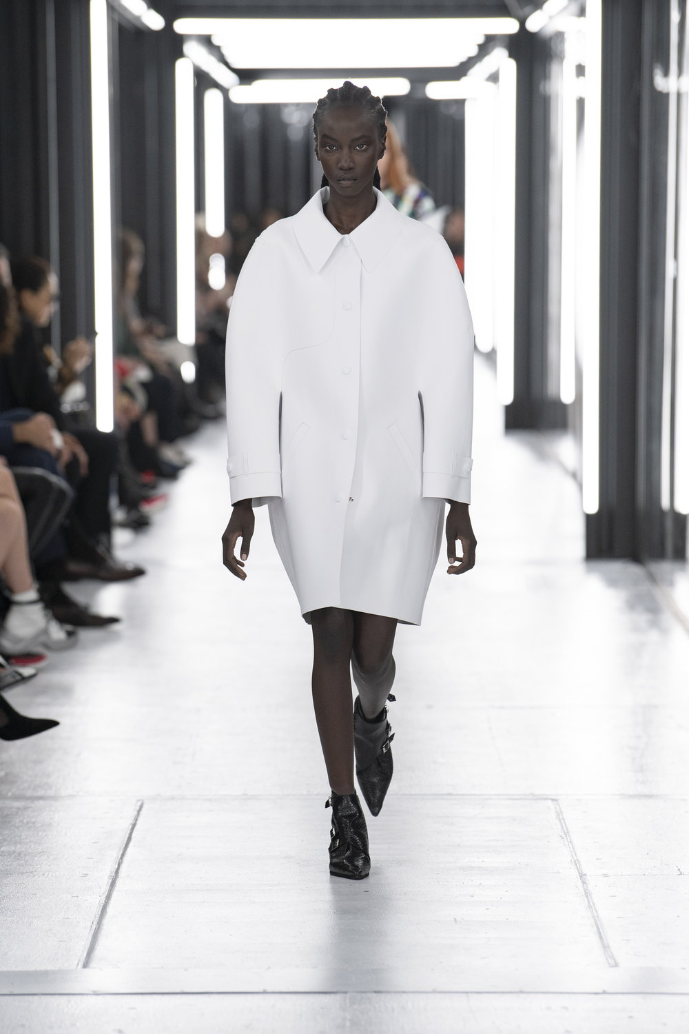 Louis_Vuitton_SS19_Look_43.jpg
