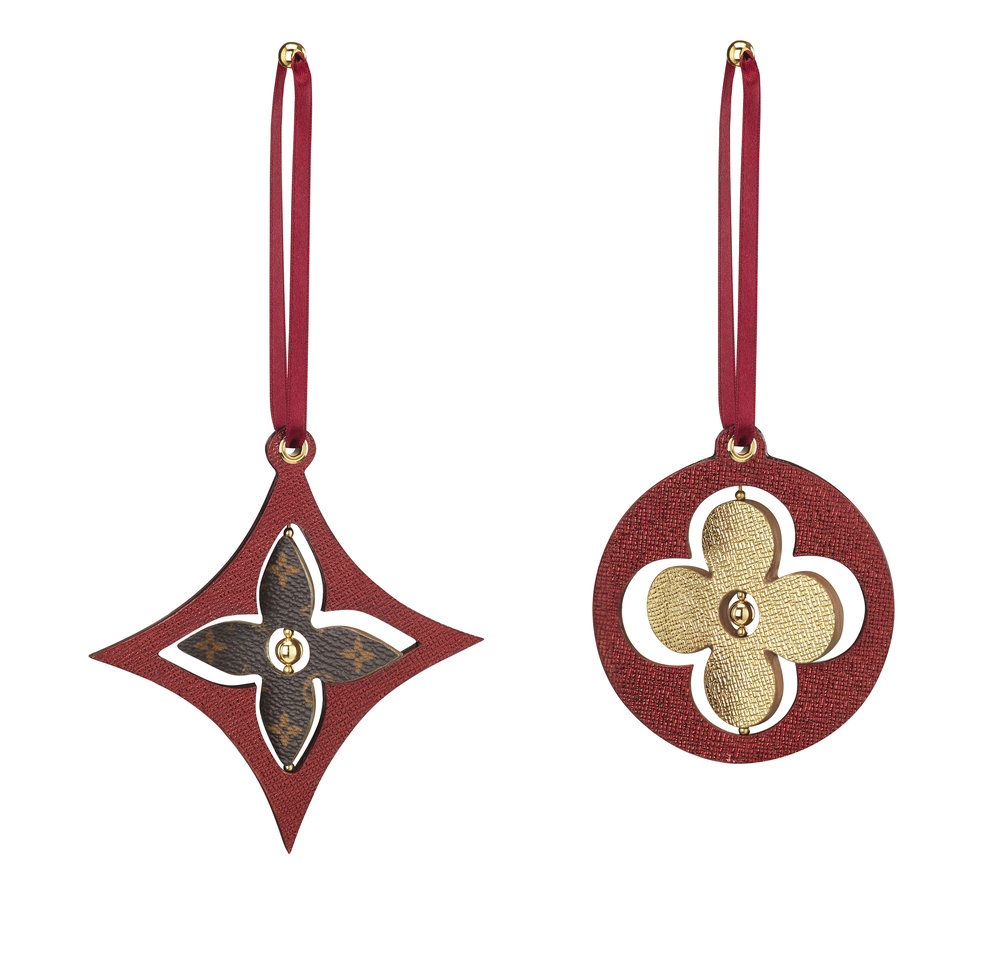 GI0195 MONOGRAM FLOWER ORNAMENTS $325.jpg