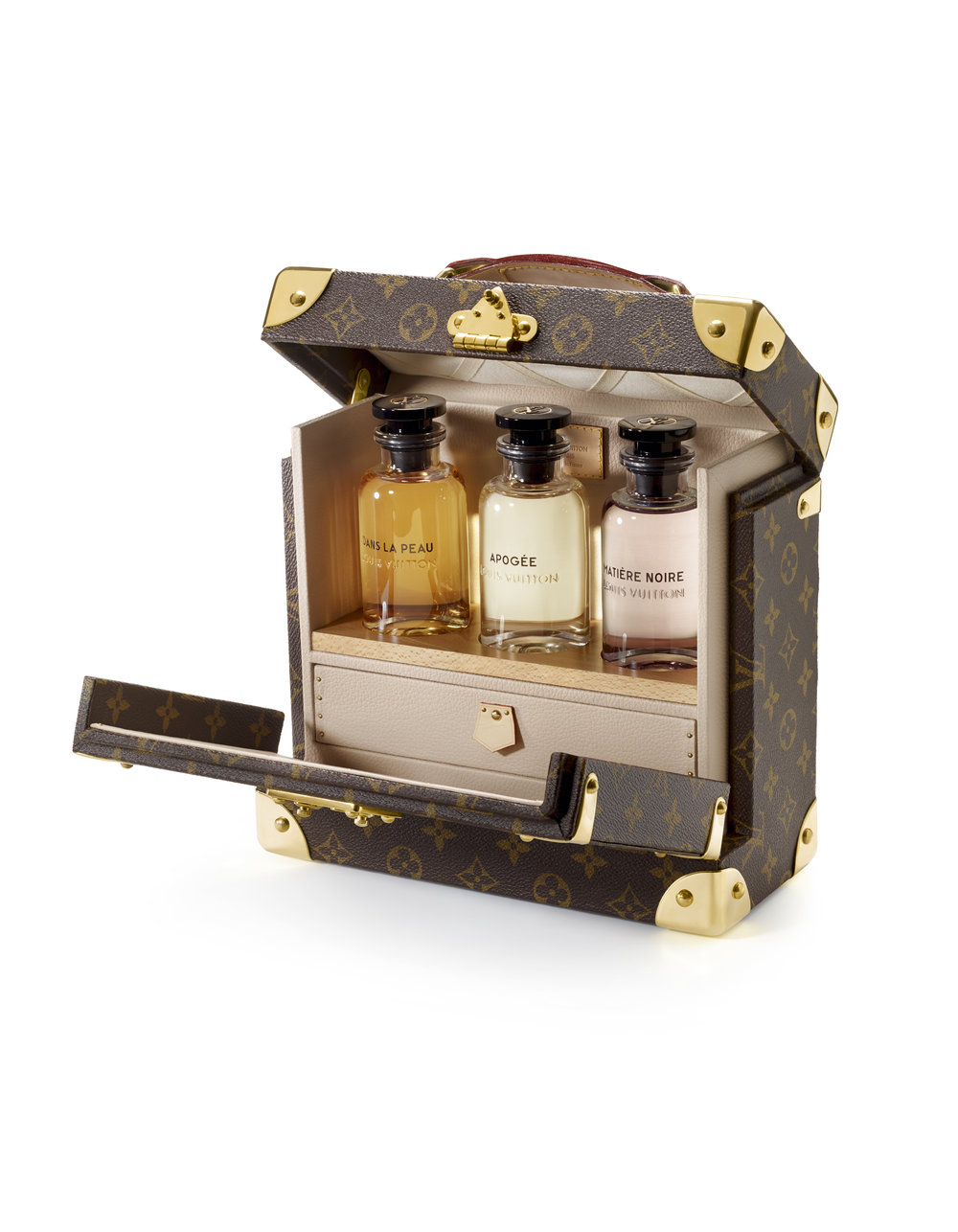 FRAGRANCE TRUNK.jpg