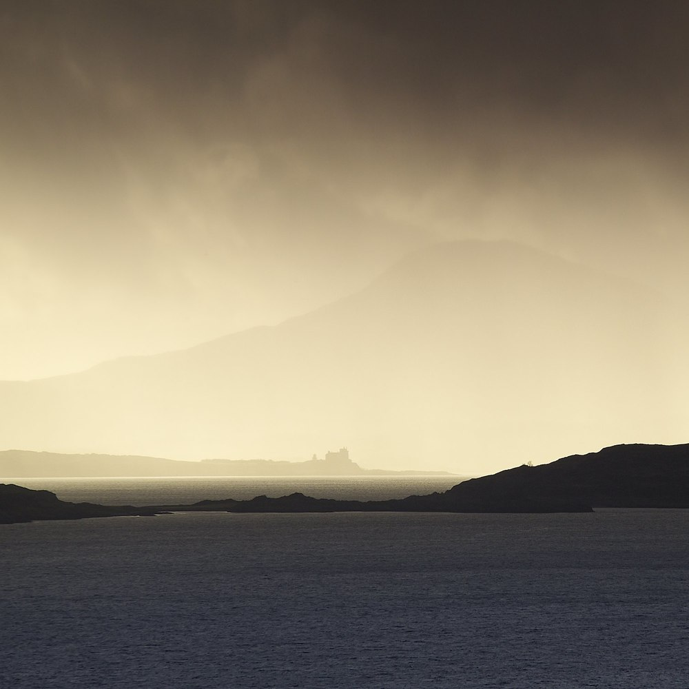 Christopher-Swan-Lismore-mull-duart-Image-of-the-month-january-2014 2014-01-11.jpg