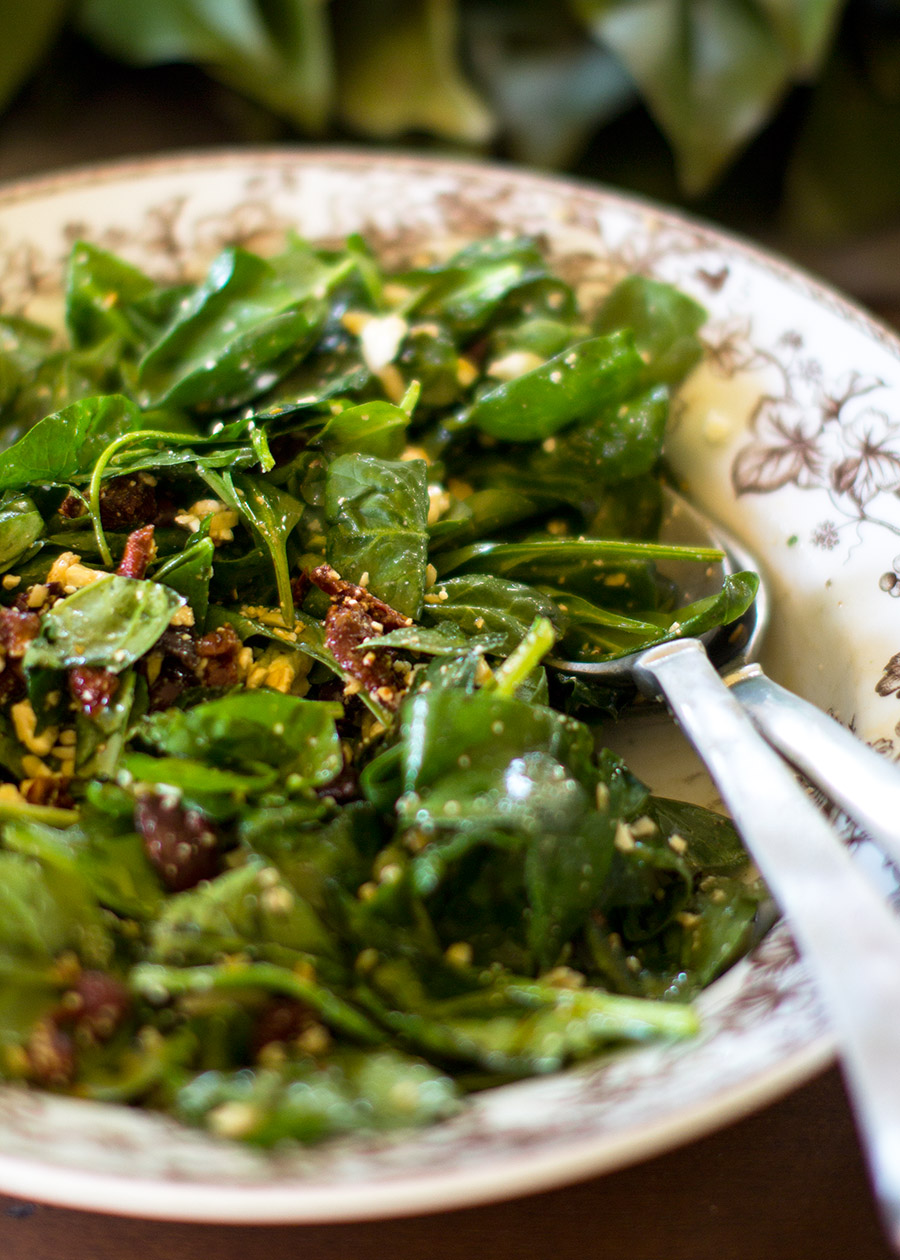 Sun-Dried Tomato & Spinach Salad with Feta