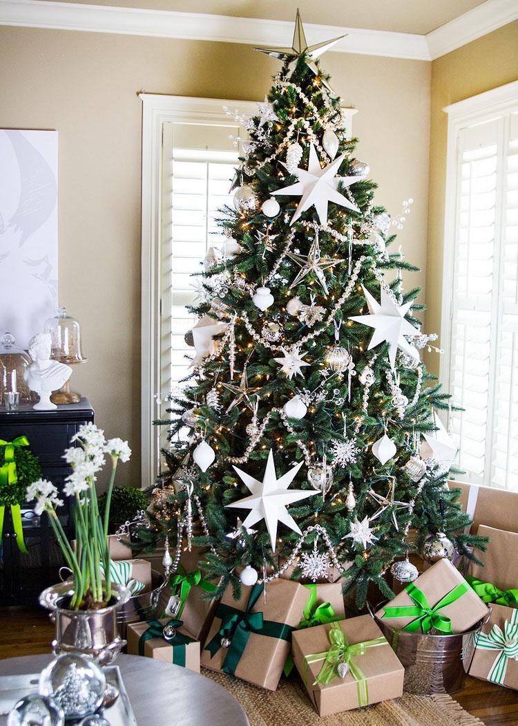 Christmas On Ice Revealed Jonathan Stiers