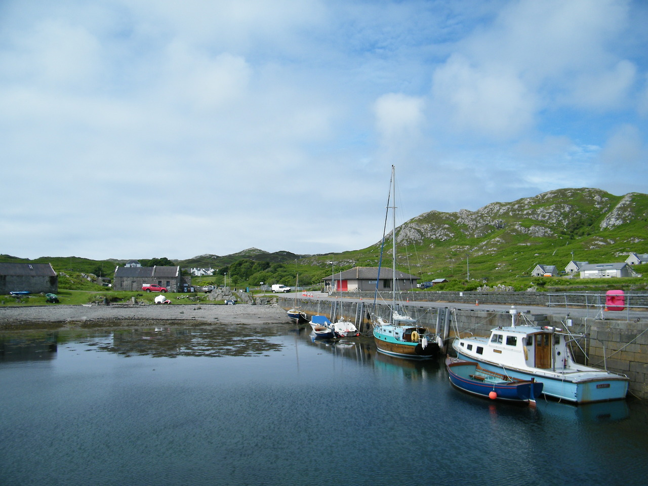 Colonsay harbour