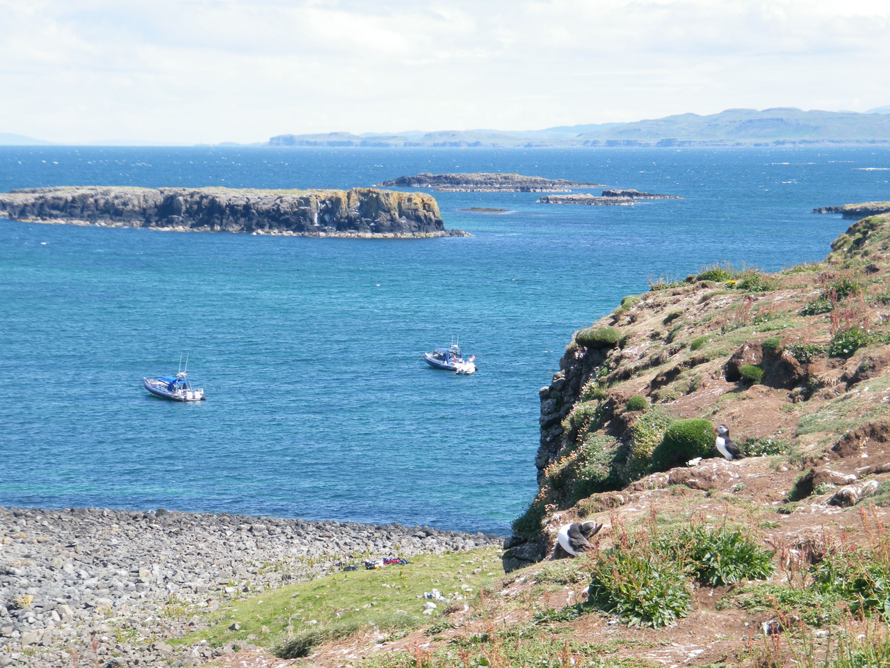 Rannochmor & Power of Scotland anchored at the Treshnish Islands