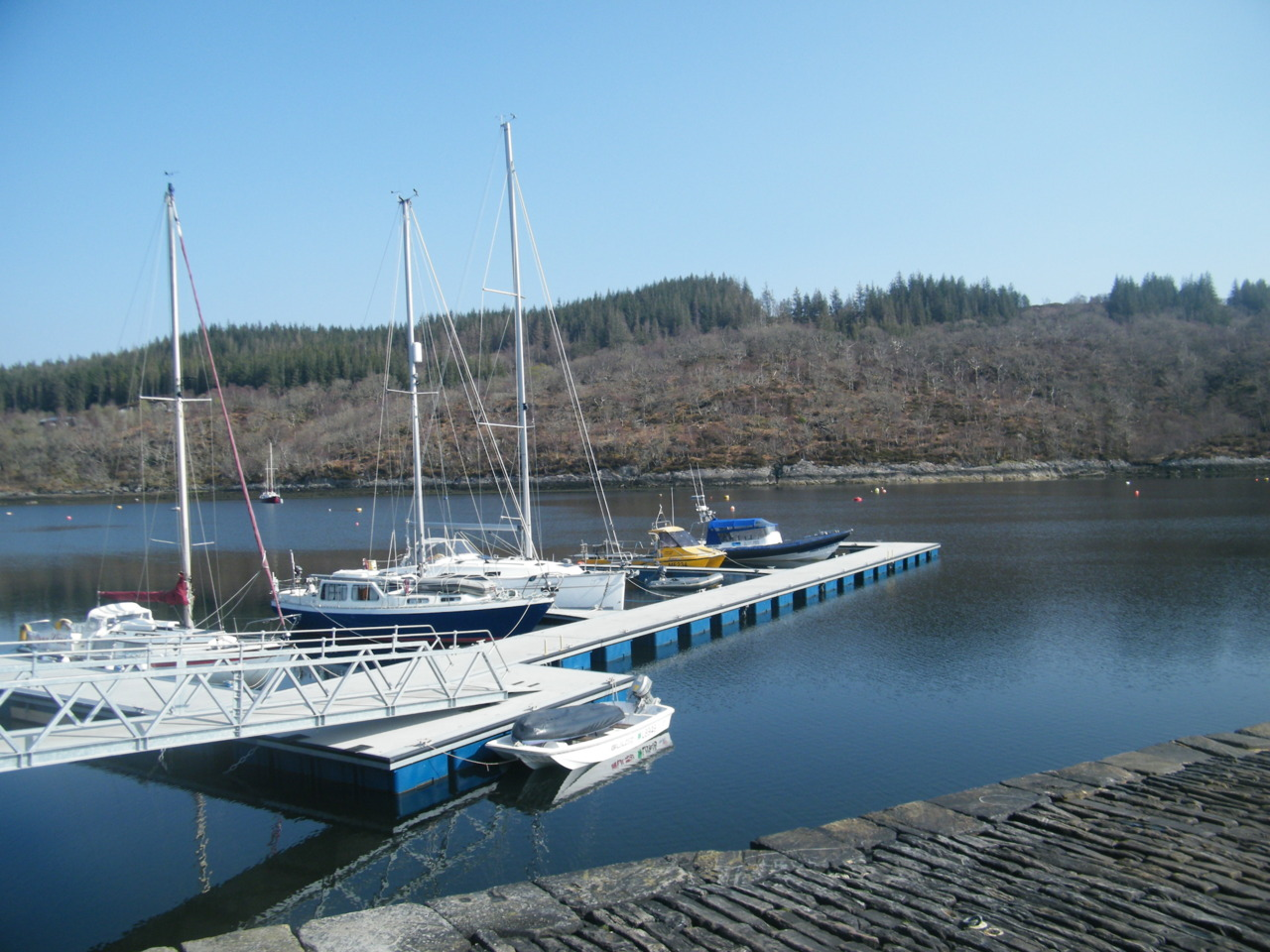 'Power of Scotland' berthed at Salen Bay Pontoons in Loch Sunart