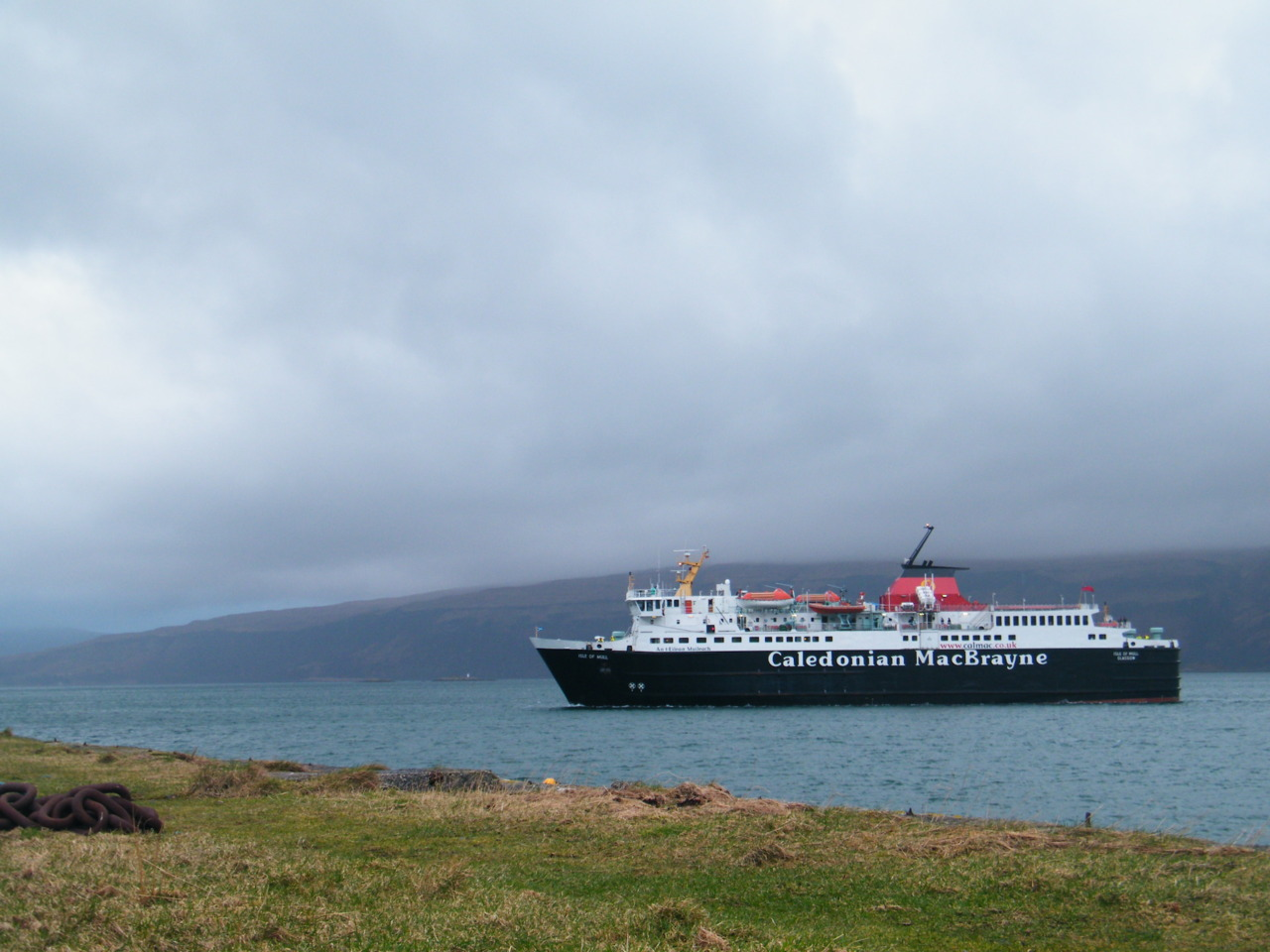 The 'Isle of Mull' approaching Craignure