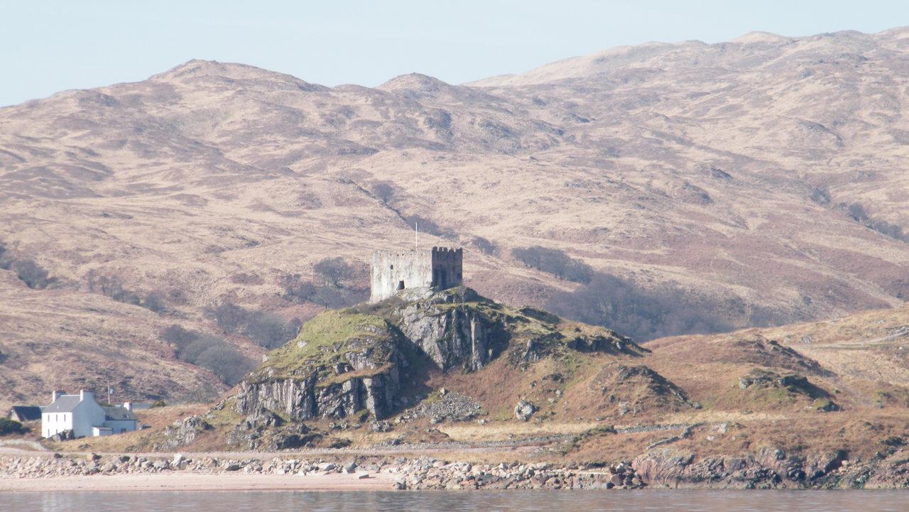 Glensanda Castle