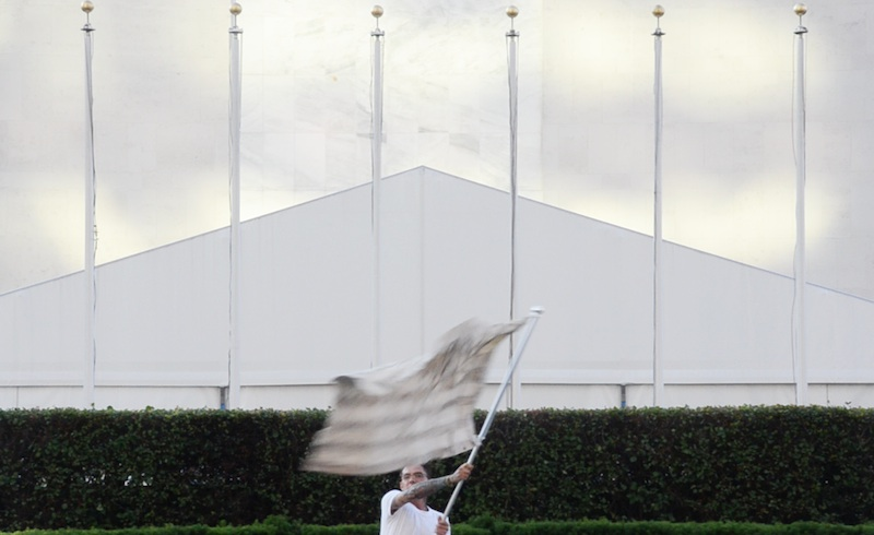 Graham Wilson,  Waving the White Flag , 2015 Performance