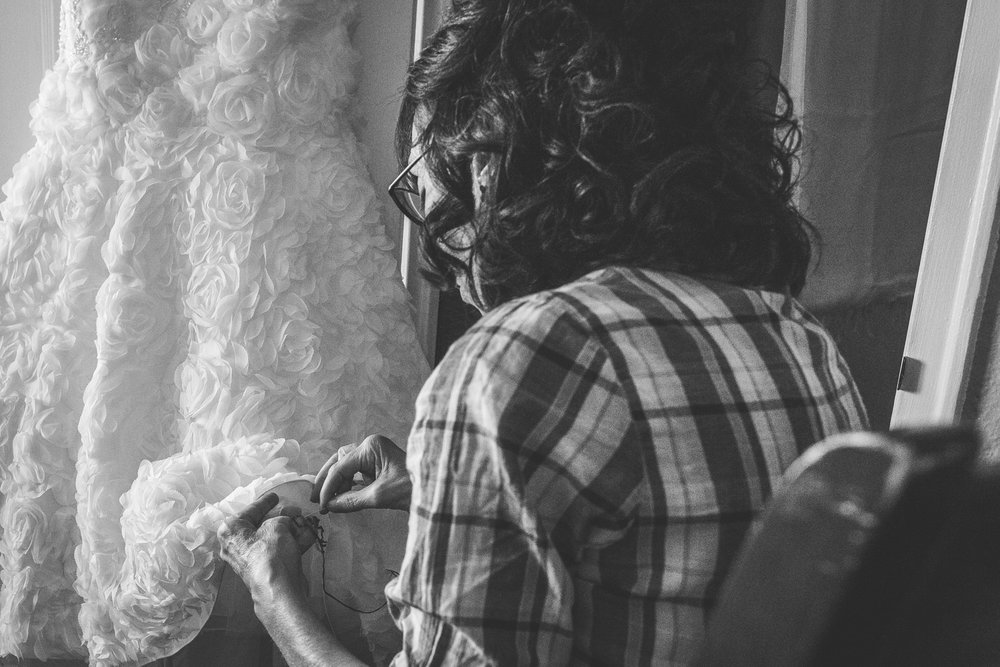 motifhotel_seattle_tacoma_pnw_photographer_wedding_photographer_weddingphotography_modernweddings_beautifulbride_seattlebride_bellevuebride_pnwbride_washington_hawaiianweddings-4.jpg